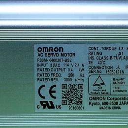 [미사용] R88M-K40030T-BS2 오므론 (OMRON) 서보 모터 AC서보모터 G5시리즈[실린더 타입]