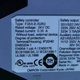 [중고] F3SX-E-R2R2 옴론 세이프티 컨트롤러